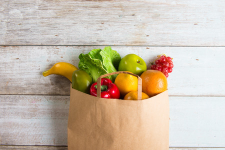 grocery shopping concept photo Standard-Bild