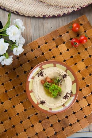 arabic food: hummus comida popular �rabe