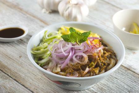 Assam Laksa (Noddle in Tangy Fish Gravy)