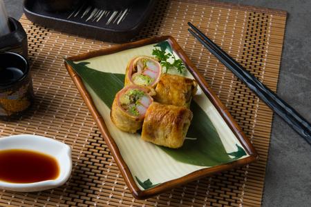 unagi yaki sushi roll