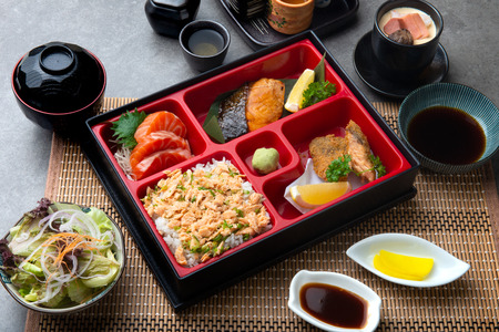 Japanese bento set with teriyaki salmon and tempura 版權商用圖片