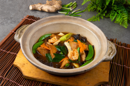 Chinese claypot tofu with mixed vegetables Stok Fotoğraf