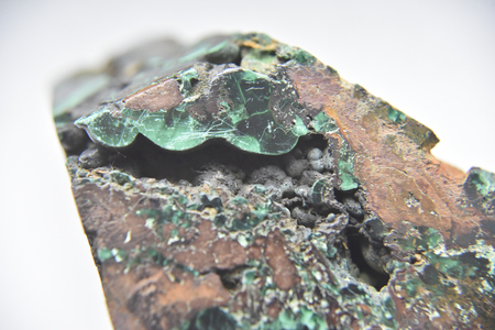 The stone with insolations of the malachite stone