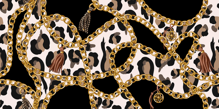 Trendy seamless pattern with gold chains  on leopard skin. Vector. Vettoriali