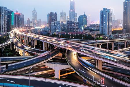 Aerial view of Shanghai viaduct night, severe traffic congestion Standard-Bild