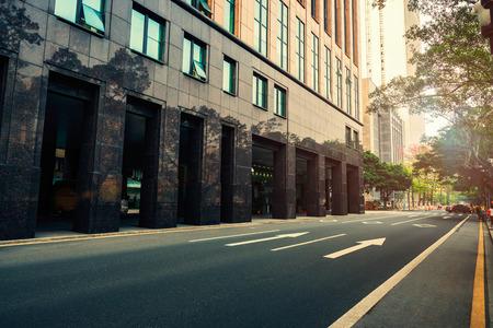 schlagbaum: The traffic in the city Lizenzfreie Bilder