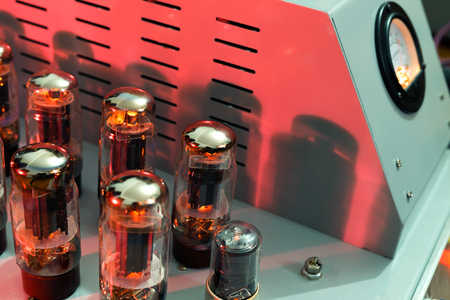 The use of vacuum tube power amplifier