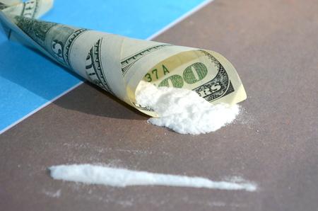stupor: Drugs and money