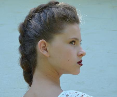 trenzas en el cabello: pelo trenzado Foto de archivo