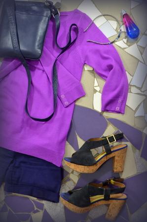 sandalias: prendas de vestir y sandalias de las mujeres