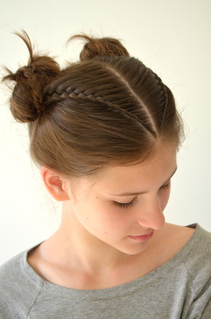 Hairstyle braiding on medium length