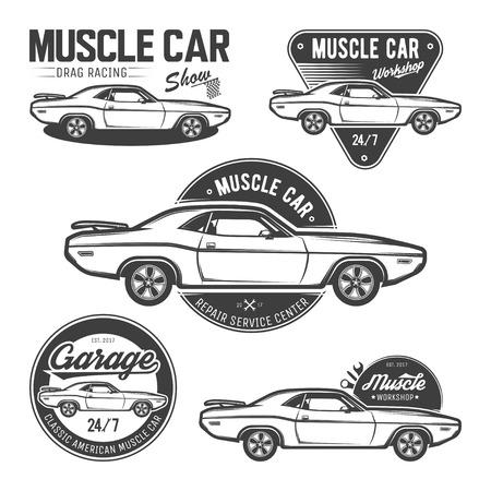 Conjunto de clásicos emblemas de coches de músculo, logotipos, etiquetas y elementos de diseño, aisladas sobre fondo blanco. Ilustración del vector