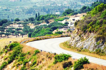 Nyári hegyi út, Görögország.
