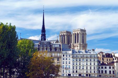 ile de la cite: Ile de la Cite and Notre Dame in Paris