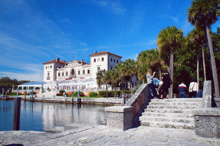 vizcaya: Miami Beach, United States - February 8, 2016: People walk and relax at the Villa Vizcaya Museum in the Miami.