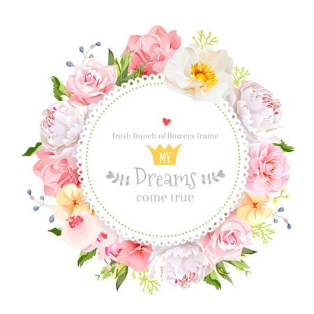 Peonía, rosa silvestre, orquídea, clavel, la camelia, hortensia, bayas azules y hojas verdes de diseño vectorial tarjeta redonda. Todos los elementos están aislados y editables. Ilustración de vector