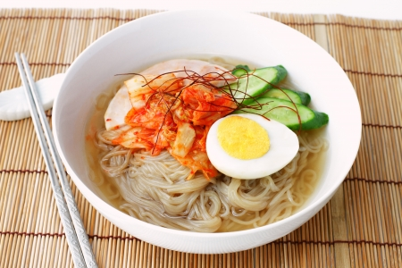korean style cold noodles photo