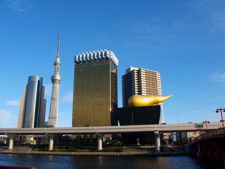 bilding: Skytree tower and golden bilding from Asakusa   no2