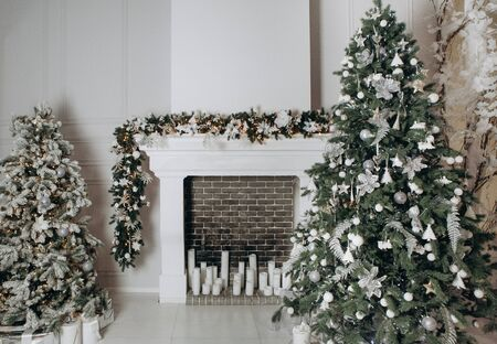 fireplace christmas tree snow house white interior decor holiday objects event