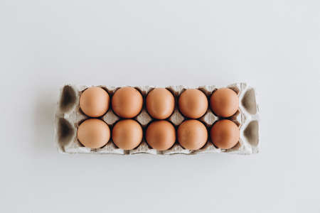 eggs product protein yolk chicken easter shell tray mockup 版權商用圖片