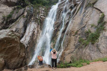 Luoyang Baiyun Mountain scenery