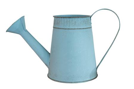 Vieux pot d & # 39 ; arrosage de zinc isolé sur fond blanc Banque d'images - 84449534