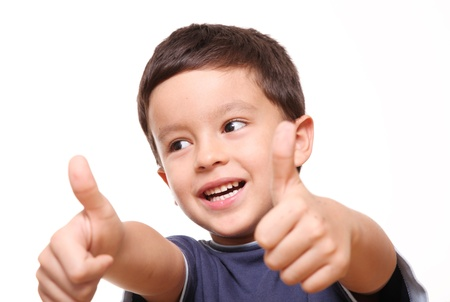 five years old: Bambino di cinque anni sorridente ed esprimendo la positivit� Archivio Fotografico