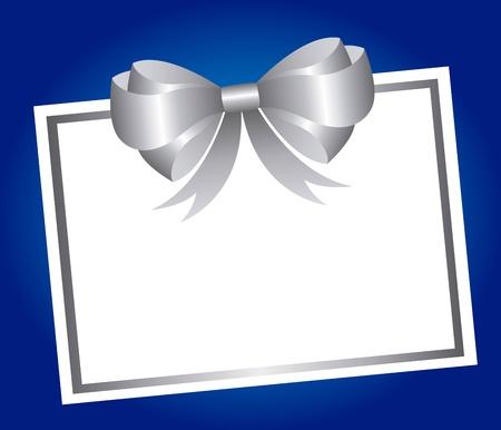 invito compleanno: carta bianca con fiocco argentato su sfondo blu. vettore