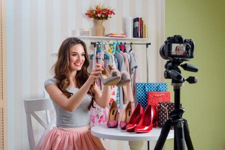 Girl reviews adorable pump shoes