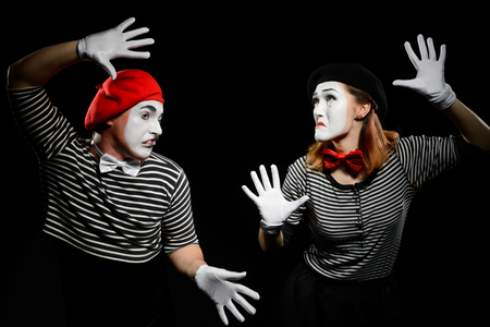 Mimes hit invisible wall 版權商用圖片 - 110399376