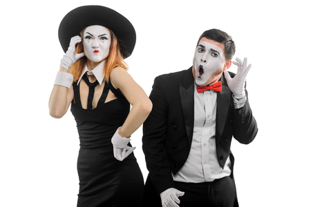 Phone quarrel between two mimes