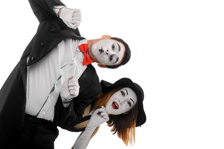 Funny couple of mimes Banque d'images - 110484916