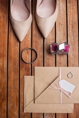 Bridal things on wooden floor Stockfoto