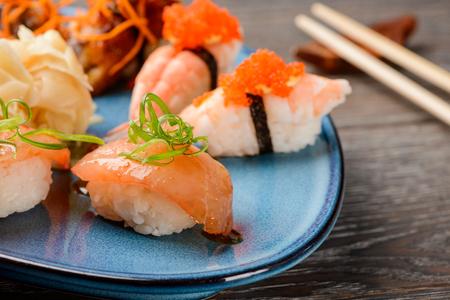 Mixed nigiri sushi set