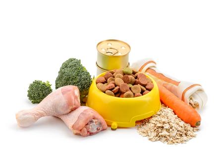 Comida y golosina para perros