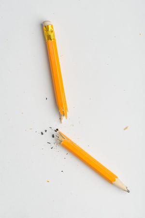 Broken in half pencil Stok Fotoğraf - 117553830