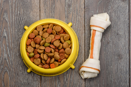 Bowl of dry food Фото со стока