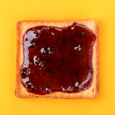 Toast with blueberry jam Stockfoto - 119920063