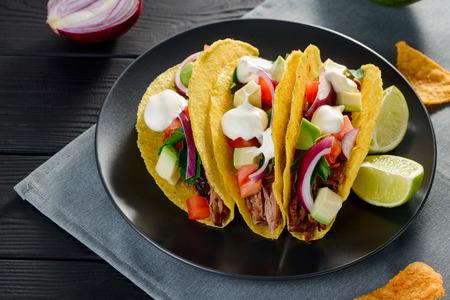 Tacos de cáscara dura