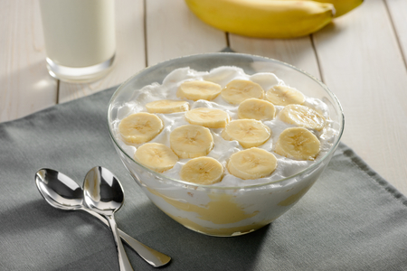 Whipped cream with bananas