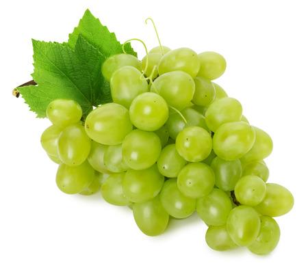 緑色のブドウは、白い背景で隔離。