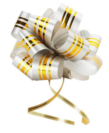 mo�o blanco: lazo blanco con cinta dorada solated en el fondo blanco. Foto de archivo