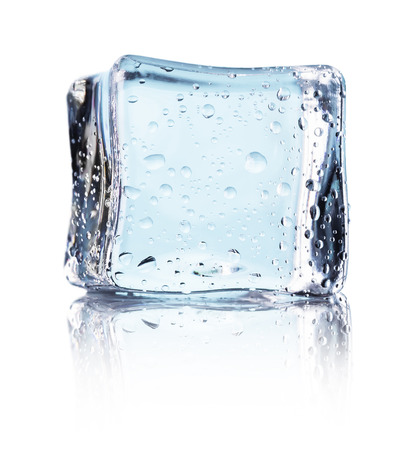 Cube of blue ice isolated on a white background. Banque d'images