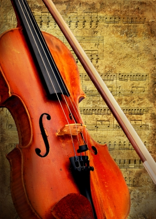 Retro musical  grunge violin background Stock Photo - 7928024