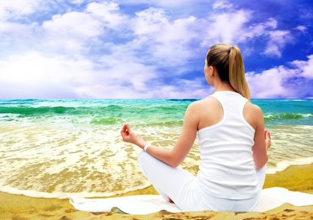 Young beautiful women in white, relaxation on the sunny tropical beach Stock Photo - 7928128