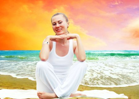 Young beautiful women in white, relaxation on the sunny tropical beach Stock Photo - 7928103