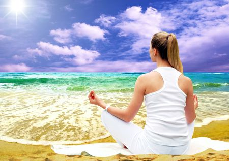Young beautiful women in white, relaxation on the sunny tropical beach Stock Photo - 7997151