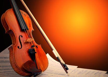 Musikinstrument - Violine und Notizen