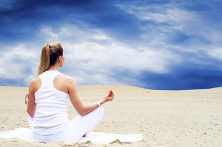 Young beautiful women in white, relaxation at sunny desert Stock Photo - 9220295