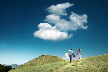 stay beautiful: Estancia de la familia en la cima de la monta�a, en busca de la hermosa vista.